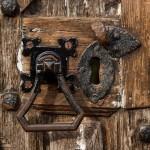 Durvju Atvēršana un Slēdzeņu Remonts